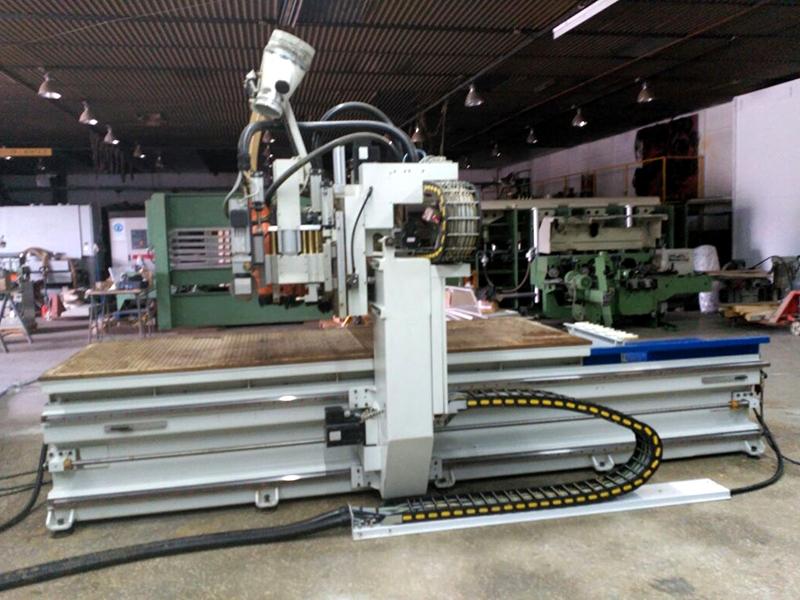 CNC Centro de trabajo SAOM S32 - 4 ejes -