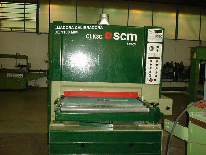 Lijadora calibradora SCM de 1100 mod CLK3G